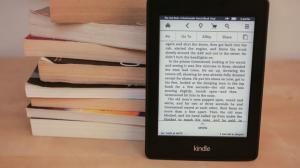 Amazon_Kindle_PaperwhiteADD_2013_35827154_01